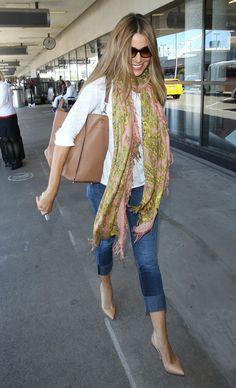 Airport Fashion: Kim Kardashian, Jessica Alba, Kate Bosworth, More | StyleCaster