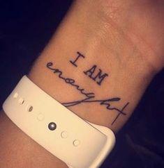 diseños de tatuajes 2019 60 Small Tattoos Ideas For Women 2019 - Tattoo Designs Photo Little Tattoos, Mini Tattoos, Body Art Tattoos, New Tattoos, Tatoos, Woman Tattoos, Friend Tattoos, Future Tattoos, Ladies Tattoos