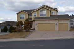 2330 Caddie Court, Colorado Springs  http://www.ashfordrealtygroup.com/featured-rental-homes.php