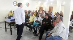 Buena  participación en el taller de comunicación política.