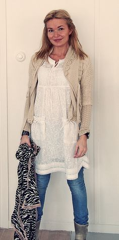 This beigy-natural-neutral colour is great for lace sweater layering.