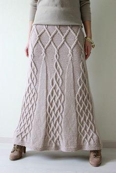 "ElenaKuzmina's Skirt ""Tour Eiffel"" - modified Kathy Kelly Cabled Capelet by Renate Haeckler"