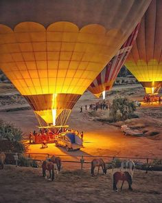 #goodmorning . Cappadocia-the land of beautiful horsesalso is the land of unique stunning landform and magical hot air balloons. Tag someone who you'd like to do it with. Click the link to join us: http://ift.tt/2fuUaFz (Morning/Afternoon balloon ride)