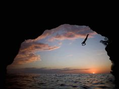 Cliff diving. Picture used for 2014 retreat picture frame. Stunning pic, but pixelated when enlarged. (5/10 for quality and value)