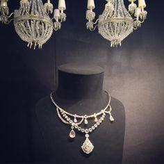 凡爾賽宮下的珠寶  #dior #diorjoaillerie #finejewelry #luxshery @Dior Dior Jewelry, Chain, Instagram Posts, Fashion, Moda, Fashion Styles, Necklaces, Fashion Illustrations