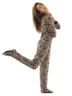 ea8b80d2c5 Amazon.com  Leopard Print Womens Footed Pajamas Micro Fleece Zip Up Footie  Onsie PJs  Clothing