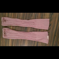 FREE Hollister Boot Socks/leg warmers *FREE with a $15 purchase!  Nice pink boot socks/leg warmers.  Used, missing button to keyhole on one and tiny hole next to it as shown in picture.  Might be willing to trade :) Hollister Accessories Hosiery & Socks