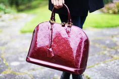 Louis Vuitton Vernis Alma.