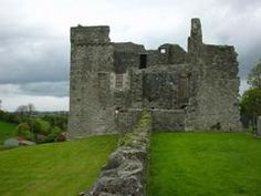 Irish castle picture: Balfour ruins.