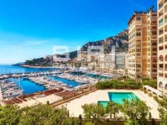 Located n a luxurious building in the district of Fontvieille, this lovely apartment with a jacuzzi features: - a large living room - Lovely Apartments, Rental Apartments, Beautiful Homes, Most Beautiful, Jacuzzi, Real Estate, Mansions, Living Room, Luxury