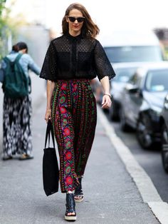 686 Best Stylight ♥ Streetstyles images in 2019   Fashion weeks ... cd7577f82e