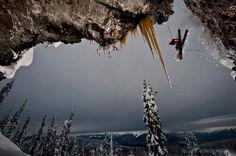 Freeski, powder, freeride, skiing.