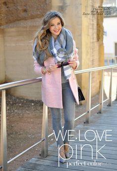 Уличная мода: Испанская модница Lola С: зимние образы 2016