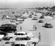 Daytona Beach 1962 Daytona Beach Hotels, Daytona Beach Florida, Old Images, Old Pictures, Old Photos, Old Florida, Vintage Florida, 1940s, Daytona International Speedway