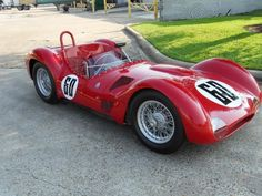 This 1960 Maserati Tipo 61 (Serial Number was the subject of a restoration which began it's resurrection journey with an avid Maserati collector in Italy and was completed by the marque… Maserati Birdcage, Classic Race Cars, Classic Auto, Vintage Race Car, Vintage Auto, Car Car, Courses, Concept Cars, Cars And Motorcycles