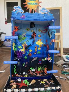 Under the ocean octopus diorama Ocean Projects, Science Projects, Projects For Kids, Art Projects, Crafts For Kids, Ocean Diorama, Diorama Kids, Ocean Crafts, Fish Crafts