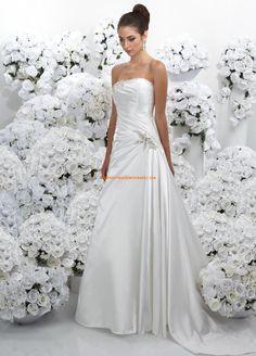 Belle robe de mariée pas cher simple avec perles