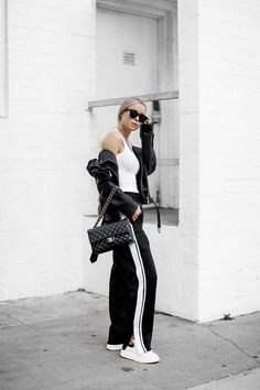 Black & White Chill Outfits, Casual Outfits, Minimalist Fashion, Minimalist Style, Scandi Style, Monochrom, Colourful Outfits, All About Fashion, Everyday Fashion