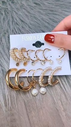 Piercings, Elegante Designs, Bracelets, Jewelry, Fashion, Glamour, Ear Piercings, Beads, Stud Earring