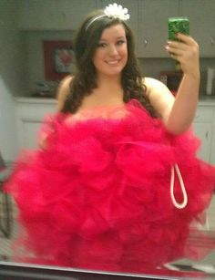 DIY Loofah Costume! - I got asked a lot about how i made it so here ya go!    35 yards of tulle -(i wanted mind really poofy!)  100 safety pins  Rope - Found it in sewing section at walmart!  Strapless dress    Directions: Bunch up sections of tulle and pin it around the dress.