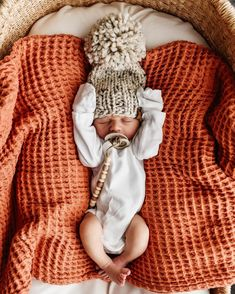 Our November shipments of Snuggle Me's are now open for pre order 🧡 Gorgeous baby Autry seems pretty chuffed with his ☺️ . Lil Baby, Baby Kind, Little Babies, Little Ones, Cute Babies, Foto Baby, Cute Baby Pictures, Everything Baby, Cute Baby Clothes