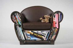 fotel z dopełniaczem książkowym