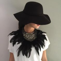 Exclusivo con2takones Pluma natural Hats, Jewelry, Natural, Fashion, Feathers, Accessories, Moda, Jewlery, Hat
