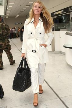 Blake Lively wearing Chanel Coco Cocoon Quilted Large Shopping Bag