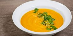 Curry Sweet Potato Soup (packed with antioxidants and fights inflammation) - www.thenutritionwatchdog.com
