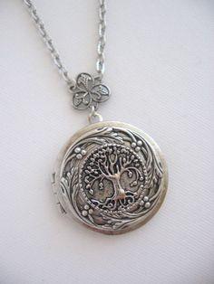 Tree, LOCKET, Family Tree, Silver Locket Necklace, Tree of Life, World Tree,Antique Locket,Irish Locket,Celtic Jewelry,Lockets,Pagan Jewelry