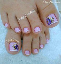Resultado de imagen para pedicura con dise o manicure manicure uas cortas Toe Nail Color, Toe Nail Art, Nail Colors, Pedicure Designs, Toe Nail Designs, French Pedicure, French Nails, Pretty Toes, Pretty Nails