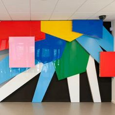 Liquid Gloss (epoxy) coating on colord woodpanels Installation Street Art, Artistic Installation, Sculpture Painting, Abstract Sculpture, Abstract Art, Ceramic Wall Art, Dutch Artists, Space Gallery, Wall Colors