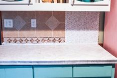 DIY peel and stick tile backsplash. Are you looking for a quick fix for your kit. DIY peel and stick tile backsplash. Are you looking for a quick fix for your kit… DIY peel and s Kitchen Backsplash Peel And Stick, Peel And Stick Tile, Stick On Tiles, Backsplash Tile, Tile Over Tile, Wall Tile, White Lounge, Diy Countertops, White Decor