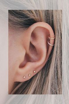 Trending Ear Piercing ideas for women. Ear Piercing Ideas and Piercing Unique Ear. Ear piercings can make you look totally different from the rest. Ear Piercings Chart, Cool Ear Piercings, Ear Peircings, Ear Piercings Cartilage, Anti Tragus, Multiple Ear Piercings, Body Piercings, Cartilage Piercing Stud, Cartilage Earrings