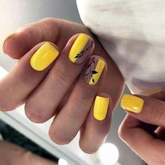 Shellac Nails, Glitter Nails, My Nails, Manicure, Yellow Nails Design, Yellow Nail Art, Lemon Nails, Art Deco Nails, Color Block Nails