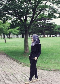 Casual hijab style, with jumpsuit.