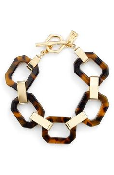 Free shipping and returns on Lauren Ralph Lauren Faux Tortoiseshell Link Bracelet at Nordstrom.com. Gold-plated hardware connect luminous, subtly variegated links on a glamorous, vintage-inspired bracelet fashioned after the natural beauty of tortoiseshell.
