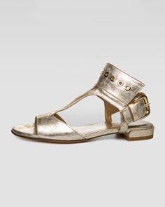 X1NZY Stuart Weitzman Cuffy T-Strap Grommet-Detail Sandal