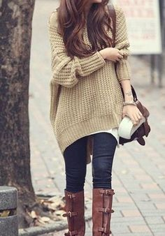 winter perfection - great brown boots with denim skinnies and over sized sweater #style
