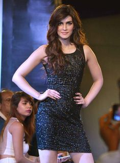 Kriti Sanon sizzles in her black outfit on the ramp at a fashion event in Mumbai. #Bollywood #Fashion #Style #Beauty #Hot #Sexy
