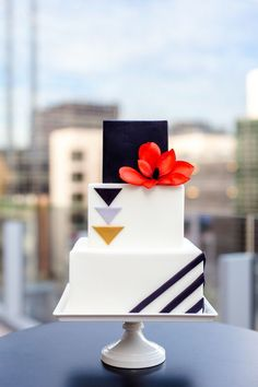 modern wedding cakes pinterest 1000 images about modern wedding cakes toppers on 17486