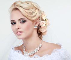 acconciature-sposa-fiori-1000-27.jpg (1000×850)