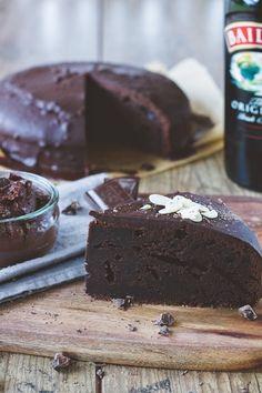 Baileys chocolate cake - http://www.rezeptefinden.de/r/baileys-chocolate-cake-51842276.html