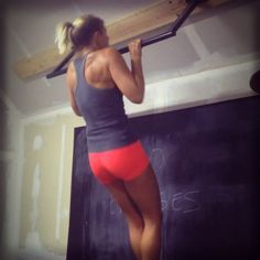 Don't let the excuse that it's the weekend hold you back from working toward your goals. No excuses!  #noexcuses #workout #hiit #intervaltraining #trainhard #plyometrics #pullups #fitness #fit #jump #nevergiveup #workoutvideo #fit #conditioning #12minutea