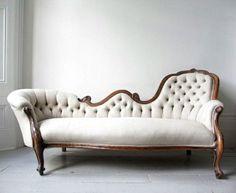 Avantgarde sofa. Swoon.