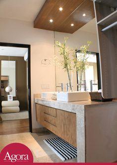 lavabo doble para recamara principal con espejo grande y cajoneras de madera Grupo Agora, Monterrey Carretera Nacional