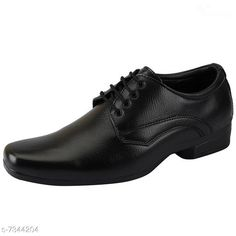 Formal Shoes Attractive Formal Shoes Material: PU Sole Material: TPR Fastening and Back Detail: Lace Up Pattern: Solid Multipack: 1 Sizes:  IND-7 IND-6 IND-9 IND-8 IND-10 Country of Origin: India Sizes Available: IND-6, IND-7, IND-8, IND-9, IND-10   Catalog Rating: ★4.1 (500)  Catalog Name: Stylish Men Formal Shoes CatalogID_1177274 C67-SC1236 Code: 244-7344204-999