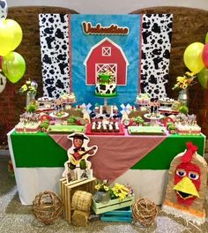 Violeta Glace 's Birthday / Farm - Photo Gallery at Catch My Party Farm Birthday, 1st Birthday Parties, Candy Bar Party, Cowboy Party, Farm Party, Farm Theme, Birthday Decorations, First Birthdays, Hessa