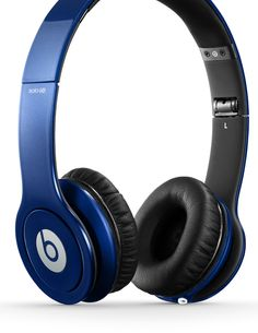 Cheap Beats Solo HD Wired On-Ear Headphone – Dark Blue (Discontinued by Manufacturer) Dre Headphones, Running Headphones, Over Ear Headphones, Beats Studio, Cheap Beats, Beats Solo Hd, Holiday Workout, Audio, Beats By Dre