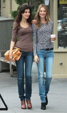Behati Prinsloo Thong Sandals - Behati Prinsloo Looks - StyleBistro